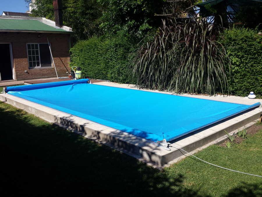 Cubrepiscina cubiertas automaticas de piscinas for Manual mantenimiento de piscinas