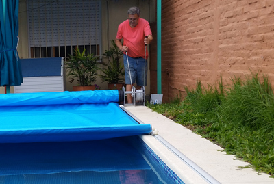 Cubrepiscina cubiertas autom ticas para piscinas for Piscina lona rectangular